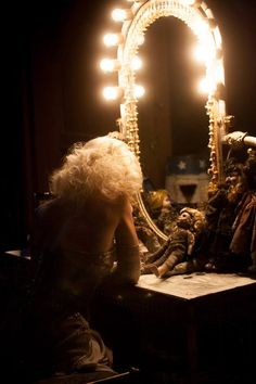 Find images and videos about show, carnival and cirque on We Heart It - the app to get lost in what you love. Cabaret, Roxie Hart, Circus Aesthetic, Dark Circus, Circus Art, Water For Elephants, Le Clown, The Rocky Horror Picture Show, Night Circus