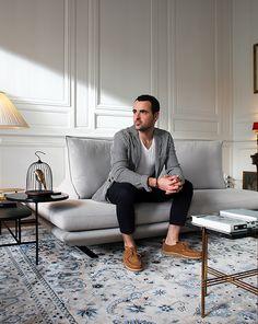 Ploum Ligne Roset, Ligne Roset Sofa, Beautiful Sofas, Gray Sofa, Living Room Sofa, Floor Chair, Jeans, Sofa Ideas, Interiors