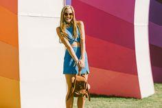 Galeria de Fotos Branco, listras e muitos shorts jeans: veja os looks do primeiro finde do Coachella // Foto 14 // Notícias // FFW