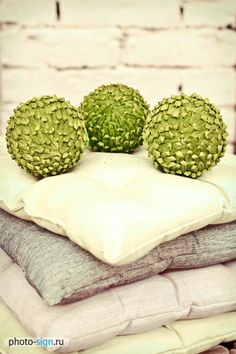 decor, pillows, green
