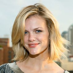 brooklyn decker hairstyles | Celebrity Summer Haircuts - Short Summer Hairstyles 2011 - Real Beauty
