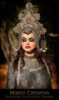 Pewter Silver with gold goddess Siamese Tibetan Queen Eygption Princess Fantasy Belly dance Tribal Cleopatra headdress headpiece crown