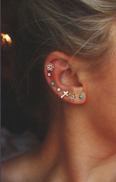 Love the cartilage piercing!