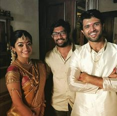 At shooting of geethagovindham My Princess, Samantha Pics, Vijay Actor, Vijay Devarakonda, Beautiful Bollywood Actress, Movie Photo, Indian Celebrities, Bollywood Actors, Wedding Pics
