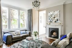 Highgate Flat - contemporary - Living Room - London - Honey Bee Interiors