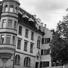 Rainy days Hirschebgraben  (take a look at my profile to see the whole picture) # # #swiss #switzerland #zurich #zürich #zuerich  M Y  H A S H T A G :: #pdeleonardis C O P Y R I G H T :: @pdeleonardis C A M E R A :: iPhone6  #visitzurich #ourregionzurich #Zuerich_ch #igerzurich #Züri #zurich_switzerland #ig_switzerland #visitswitzerland #ig_europe #wu_switzerland #igerswiss #swiss_lifestyle #aboutswiss #sbbcffffs #ig_swiss #amazingswitzerland #loves_switzerland #switzerland_vacations…