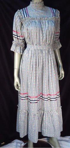 Vintage Victorian Edwardian Revival Calico Floral Boho Dress *