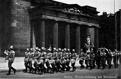 neuewach_0002 by Battlefield Historian, via Flickr