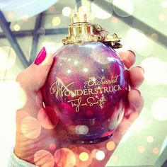 Desperate need of this perfume. Wondestruck: Enchanted by Taylor Swift