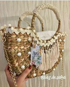Beach Bag personalized boho Embroidery Purse, Crochet Shoulder Bags, Bag Quotes, Ethnic Bag, Jute Bags, Boho Bags, Unique Bags, Basket Bag, Artisanal