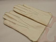 Retro White Dress Gloves Short Length Black Accent Stitching 1S Vintage 1940-50s #unbranded #Everyday