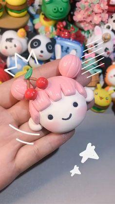 Cute Polymer Clay, Cute Clay, Polymer Clay Dolls, Polymer Clay Miniatures, Polymer Clay Projects, Polymer Clay Charms, Diy Clay, Clay Crafts, Diy And Crafts