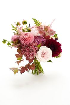 #Wedding bouquet ideas #flowers #pretty http://www.weddingandweddingflowers.co.uk/article/400/lookbook-wedding-bouquets