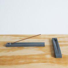 Geo Concrete Incense Holder / Japanese Incense Burner - Geometric Design - Modern / Minimal - Home Accent Concrete Crafts, Concrete Art, Concrete Projects, Insence Holder, Japanese Incense, Meditation Room Decor, Ceramic Incense Holder, Tabletop Fountain, Marble Art