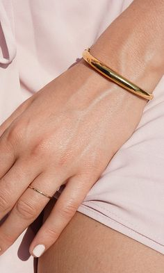 The Dôme Bracelet is a classic bold design, but we made it ultra-light so that nothing is weighing you down (we wouldn't want that). Wear it with your favorite watch or pair it with a thin bracelet. Diamond Bracelets, Ankle Bracelets, Sterling Silver Bracelets, Silver Earrings, Jewelry Bracelets, Silver Jewelry, Thin Gold Bracelet, Silver Ring, Trendy Jewelry