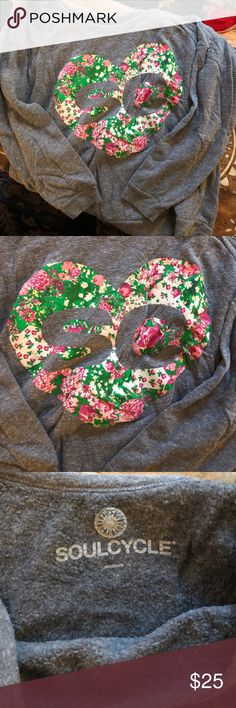Off the shoulder SoulCycle Sweatshirt Adorable sweatshirt perfect for a post workout look. SoulCycle brand in a slouchy off the shoulder look and it's SO SOFT. It's branded with the SC in a trendy floral heart! soulcycle Tops Sweatshirts & Hoodies