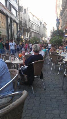 Vazi Utca, Budapest