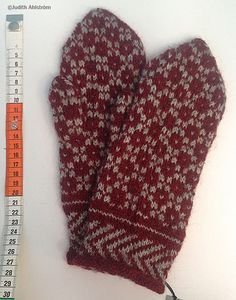 Knitted Mittens Pattern, Knit Mittens, Knitted Gloves, Knitting Patterns, Knitting Accessories, Knitting Projects, Knit Crochet, Stitch, Crafts