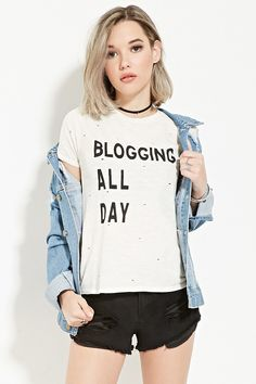 Distressed Blogging Graphic Tee | Forever 21 - 2000168638
