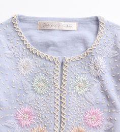アンゴラ混 ビーズ刺繍カーディガン  https://www.facebook.com/yasuko.takahashi.969