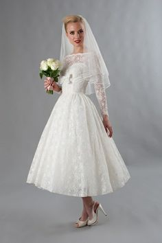 Free Shipping A Line Mid Calf Long Sleeve Lace Empire Vintage Wedding Dress Bride Dress 2013 (MDS0121) US $169.99