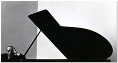 Igor Stravinsky. Arnold  Newman. New York -1946.