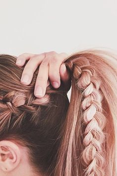 Coachella Braid Inspiration Ideas - Coachella Braid Tips and Tricks | Teen Vogue