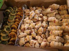 Blätterteig-Allerlei #waskochen #snacks #blätterteig Snacks, Pork, Meat, Green Pesto, Ham, Easy Meals, Cooking, Food Food, Pork Roulade