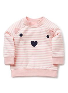 100% Cotton Windcheater. French terry, in yarn dyed stripe with raglan sleeve. Crew neck with snaps on baby's left for easy dressing. Features bear face print with ear inserts. Avaialable in Marshmallow.