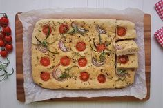 Gluteeniton foccacia Tasty, Yummy Food, Vegetable Pizza, Quiche, Foods, Vegetables, Breakfast, Food Food, Morning Coffee