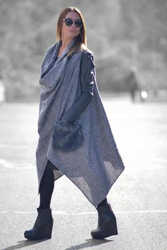 24cf78036e9 Gorgeous Wool Loose Sleeveless Vest with big Fur pocket. This Vest has no  linen.