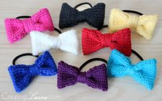 Fast and simple little knit bow hair ties that are perfect for using up scrap yarns!