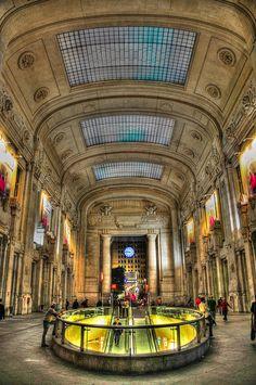 Stazione di Milano Centrale (Central Train Station) Milan … | Flickr