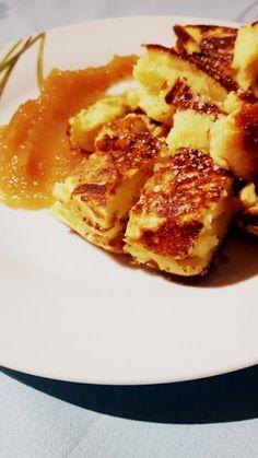 facet z nożem: Kaiserschmarrn – o tym, że nawet gdy danie się nie uda, wciąż może smakować cesarzowi French Toast, Breakfast, Food, Kaiserschmarrn, Morning Coffee, Essen, Meals, Yemek, Eten