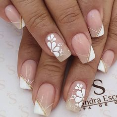 16 The Best Wedding Nails 2020 Trends 5 AcrylicNails ChristmasNails Hello Nails, Gel Nagel Design, Cute Acrylic Nails, French Tip Nails, Toe Nail Designs, Beautiful Nail Designs, Nail Art Tools, Flower Nails, Manicure And Pedicure
