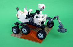 """Avi sez, """"Stephen Pakbaz has generously shared free DIY instructions for making a Mars Science Laboratory Curiosity Rover model out of Lego."""" - Mars Science Laboratory Curiosity Rover (Thanks, Avi! Solar System Projects, Lego Projects, Science Projects, School Projects, Nasa Curiosity Rover, Curiosity Mars, Nasa Space Pictures, Mars Pictures, Planet Pictures"""