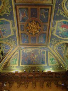Palacio de Gaviria. Fresco de techo del Salón de Baile, uno de los lugares de moda de Madrid durante la segunda mitad del siglo XIX. Desde la calle y a través de los cristales se podía ver que pasaba en este. .