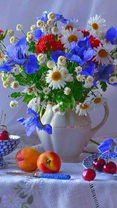 Holy Spirit, Speak His Love. Vintage Flowers, Beautiful Flowers, Happy Birthday Flower, Beautiful Gif, Arte Floral, Flower Designs, Flower Art, Floral Arrangements, Floral Design