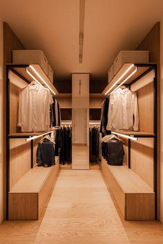 Walk In Closet Design, Bedroom Closet Design, Wardrobe Design, Closet Designs, Wardrobe Ideas, Apartment Projects, Attic Apartment, Apartment Design, Decoracion Habitacion Ideas