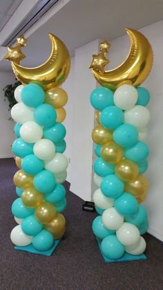 Twinkle twinkle little star balloon columns by Ebcballoons