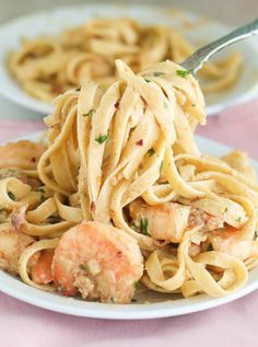 Creamy Bacon Fettuccine Shrimp Scampi