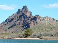 Must-see Arizona: 13 scenic road trips for 2013 -- Kayak Topock Gorge (Just north of Lake Havasu)