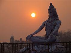 Shiva statue in Rishikesh