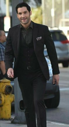 Seriously, can anyone wear a suit better than this man? Suit Fashion, Mens Fashion, Fashion Tips, Tom Ellis Lucifer, Morning Star, Black Suits, Mens Suits, Beautiful Men, Handsome