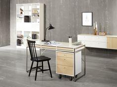 Flexibel förvaring av vår tillverkare Hammel. EM Möbler - Mistral. Office Desk, Furniture, Home Decor, Desk Office, Decoration Home, Desk, Room Decor, Home Furniture, Interior Design