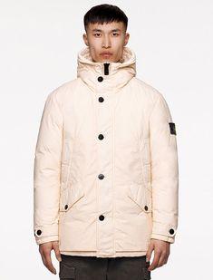 Stone Island, I Love Fashion, Mens Fashion, Fashion Menswear, Puffer Jackets, Winter Jackets, Split Design, Shearling Jacket, Parka