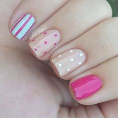Get inspirations from these cool stylish nail designs for short nails. Find out which nail art designs work on short nails! Fancy Nails, Love Nails, Diy Nails, Beige Nails, Pastel Nails, Leopard Nails, Dot Nail Art, Trendy Nail Art, Super Nails