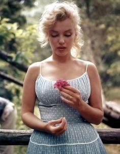 Marilyn Monroe Blue Polkadot Dress Full Gathered by Morningstar84,