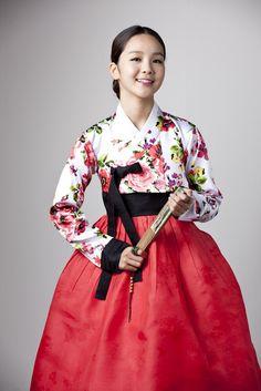 국악 國樂 (Gukak : Korean classical-traditional- music) & song. 한복 韓服 (Hanbok : Korean traditional clothes)