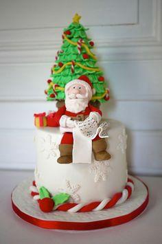 29 Beautiful Christmas Cake Decoration Ideas and Design Examples; Fondant Christmas Cake, Christmas Wedding Cakes, Christmas Cake Designs, Christmas Tree Cake, Christmas Cake Decorations, Christmas Cupcakes, Christmas Sweets, Holiday Cakes, Christmas Baking